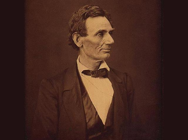 Abraham Lincoln, Albumen print, 1860 wallpaper