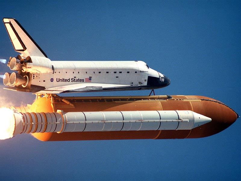 Shuttle Endeavour After Lift off wallpaper