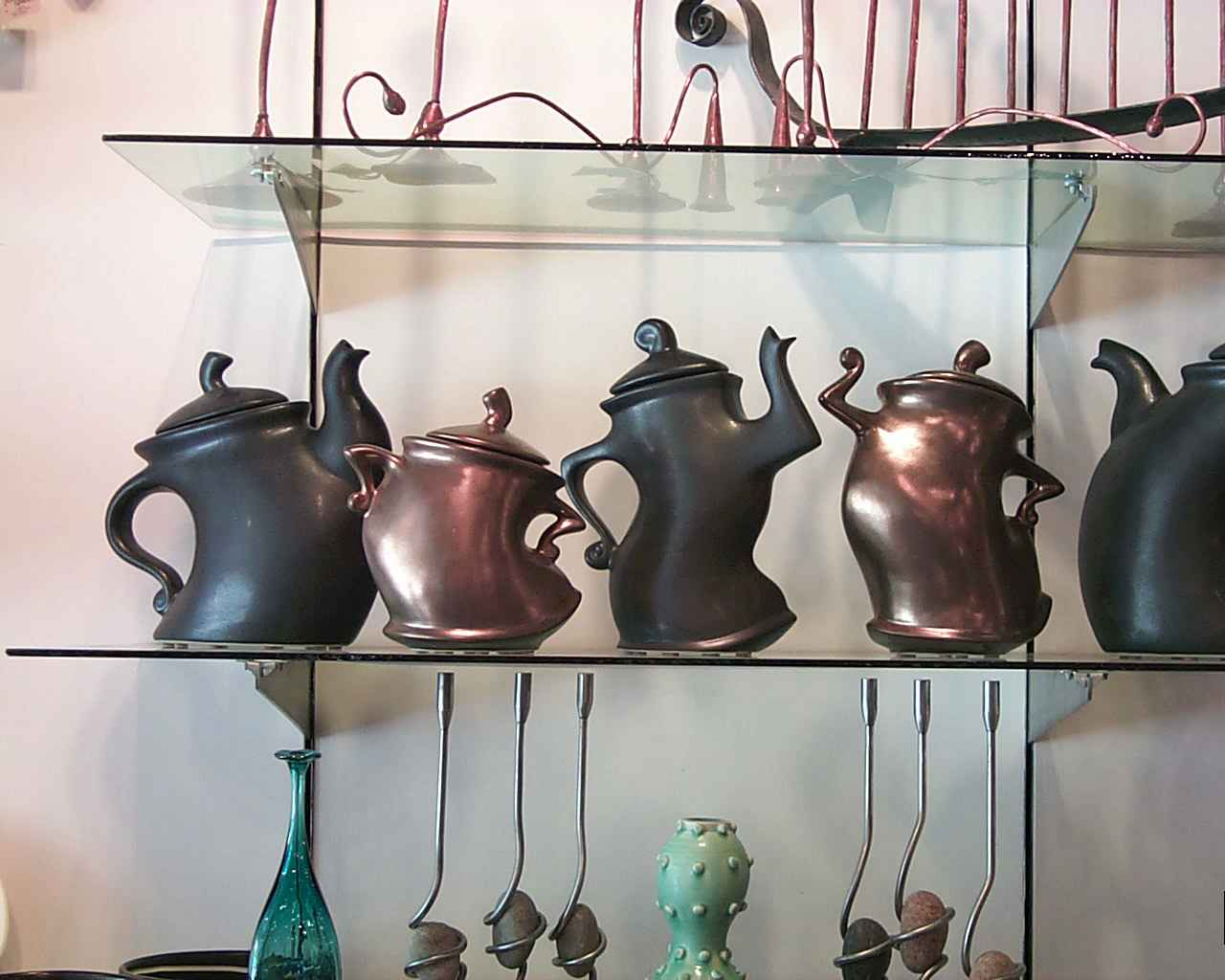 Wild Tea Pots wallpaper