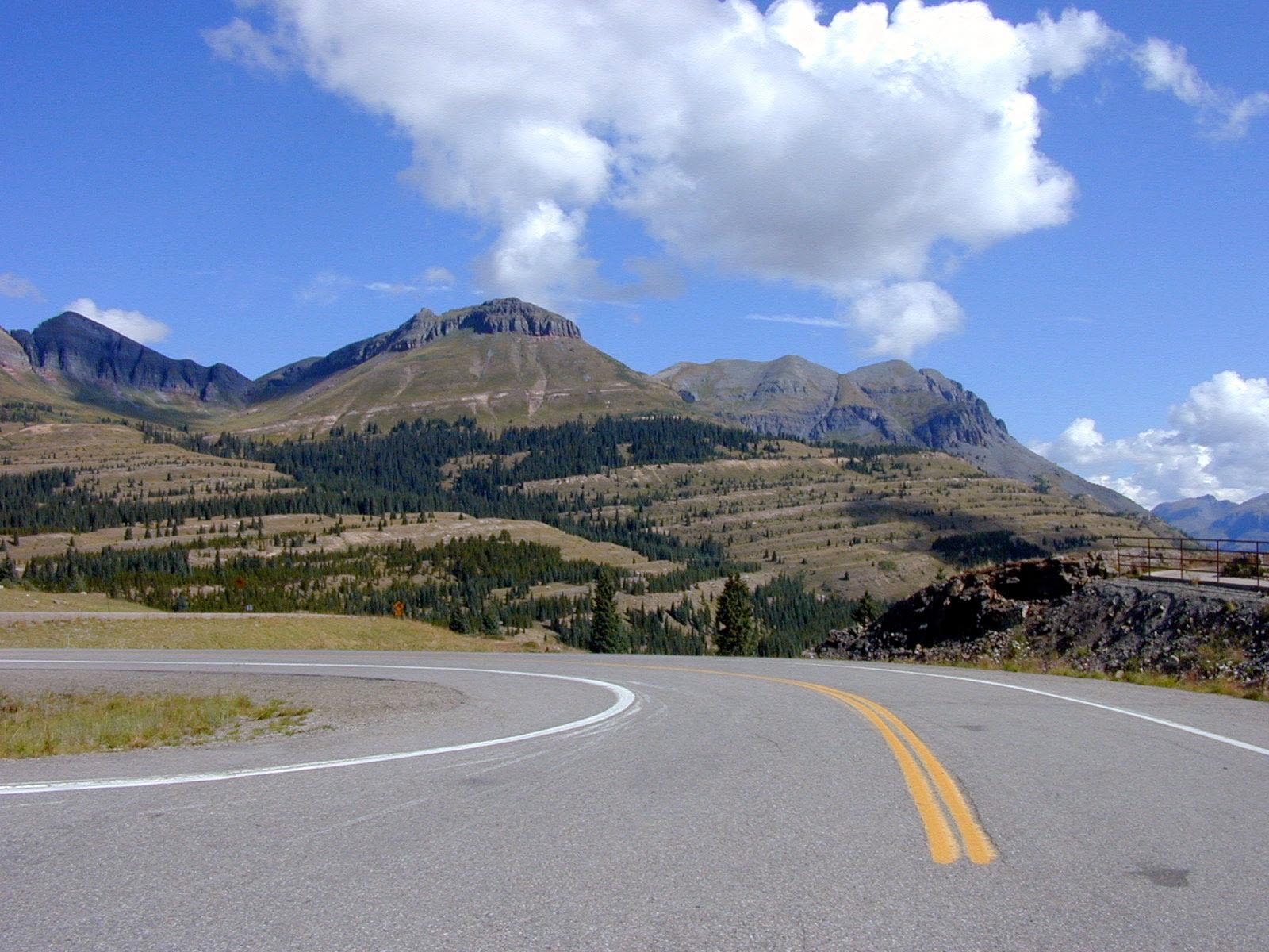 Rocky Mountain Road wallpaper