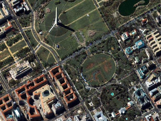 Washington Monument, Ellipse and White House<br />1m resolution IKONOS wallpaper