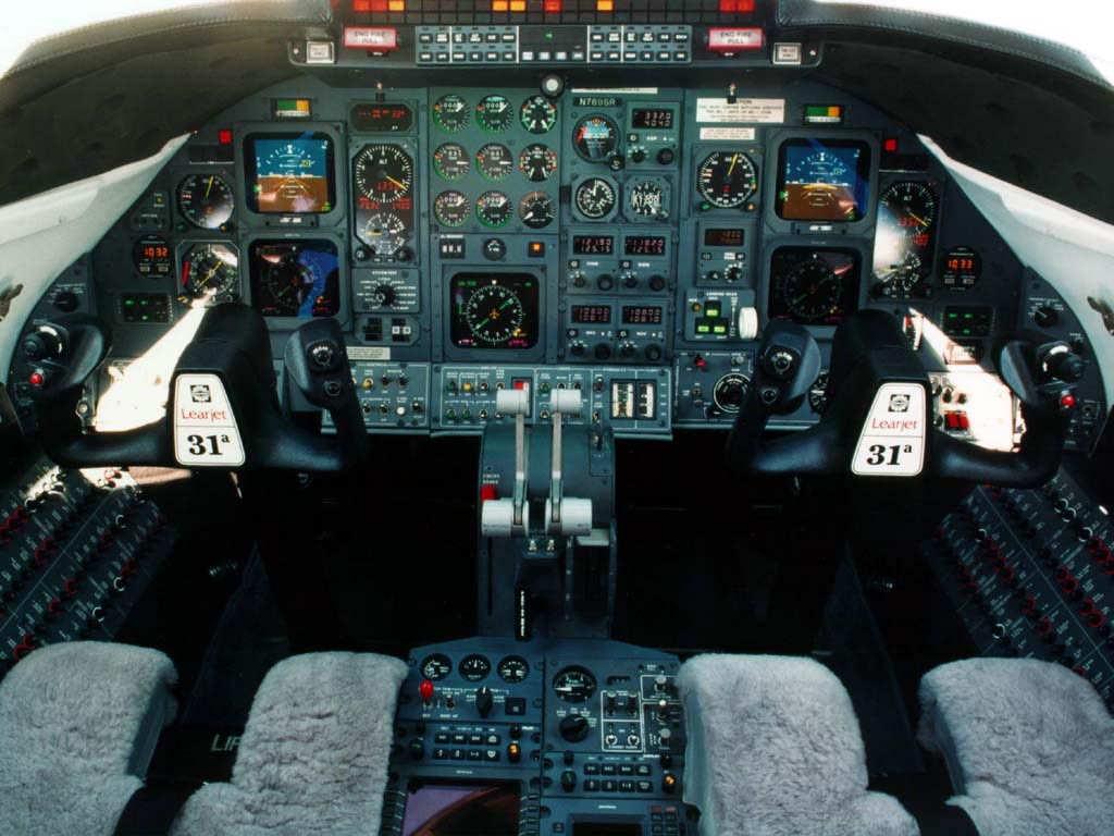 Learjet 31A Cockpit wallpaper